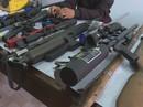 """Đột nhập 1 """"xưởng"""" chế tạo súng trái phép"""