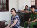 Vụ hành hạ trẻ ở Bình Chánh: Nghe tuyên án, bảo mẫu ngã quỵ trước tòa