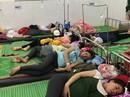 Hơn 150 công nhân nhập viện sau bữa cơm trưa tại công ty