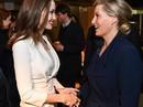 Angelina Jolie rạng ngời chống kỳ thị nạn nhân bạo lực tình dục
