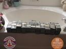 Mỹ: Mua kho cũ, bất ngờ phát hiện két sắt chứa 7,5 triệu USD bị bỏ lại