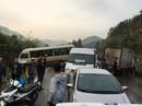 Xe khách 29 chỗ tông trực diện xe tải đông lạnh, nhiều người đi cấp cứu