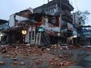Sập nhà lúc rạng sáng, 2 người may mắn thoát chết