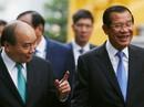 Cận cảnh Thủ tướng Nguyễn Xuân Phúc đón Thủ tướng Hun Sen