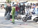 Hai xe máy va chạm, 3 người nguy kịch