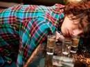 Ngộ độc rượu ngày Tết và cách xử trí nhiều người còn chưa biết