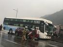 Xe khách tông xe chở người về quê ăn Tết, hành khách hoảng loạn