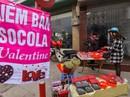 Thị trường quà tặng Valentine 'lu mờ' vì không khí Tết