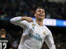 HLV Zidane cười tươi khi Ronaldo lập cú đúp đánh bại PSG