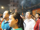 Sau giao thừa, chùa ở TP HCM quá tải