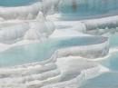 Suối nước nóng nằm giữa hồ băng có 1-0-2 trên thế giới