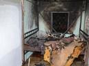 Thấy vợ con ngủ chung phòng với cha vợ, con rể châm lửa đốt nhà