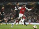 Arsenal đại phá AC Milan, Dortmund bị loại tủi hổ ở Europa League