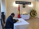 Bạn bè quốc tế đến viếng cố Thủ tướng Phan Văn Khải