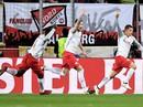 """""""Bò đỏ"""" Salzburg đại náo Europa League, Arsenal thoát hiểm thần kỳ"""