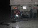 Tông xe ben đỗ bên đường, 2 thanh niên tử nạn