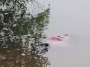 Bàng hoàng phát hiện thi thể người phụ nữ trôi dạt vào bờ