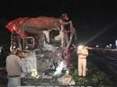 Xe khách tông sau container, 12 người bị thương
