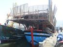 Chủ tàu cá chấp nhận lỗ hàng trăm triệu để lai dắt tàu bạn vào bờ