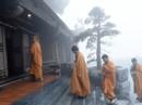 Hành hương mùa Phật đản, quý tăng ni cả nước được miễn phí vé cáp treo Fansipan