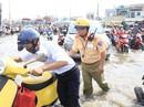 """CSGT An Lạc """"cầu cứu"""" trước nạn ngập nước liên tục"""
