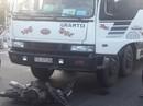 Người đàn ông chết thảm sau khi bị xe tải kéo lê hơn 20 m