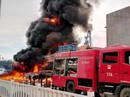 Quảng Nam: Tàu câu mực cháy dữ dội, 10 tỉ đồng thành tro