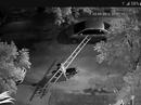 Truy tìm nam thanh niên vác thang đi ăn trộm giữa trung tâm thành phố