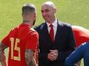 Tuyển Tây Ban Nha lục đục: Ramos suýt đánh chủ tịch LĐBĐ
