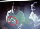Trưởng công an xã xuất hiện trong clip đánh bài, trao nhau tiền