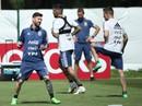 """Messi hãy """"chơi"""" thái cực!"""