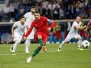 """Lập hat-trick, Ronaldo bị đồng đội Real """"từ mặt"""""""