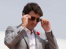 Vì 2 cặp kính mát, thủ tướng Canada bị phạt