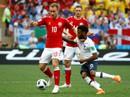 Pháp gây thất vọng lớn, Đan Mạch giành vé vào vòng 2