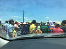 Bình Định: Dân giữ xe cán bộ để phản đối dự án điện