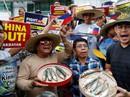 """Hơn 80% dân Philippines phản đối """"ngồi im"""" trước Trung Quốc ở biển Đông"""