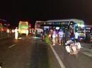 2 xe khách 1 lùi 1 tiến húc nhau trong đêm, 2 người chết