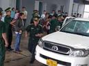 """52 bánh heroin, 25 kg ma túy đá """"cưỡi"""" xe bán tải biển Lào về Việt Nam"""
