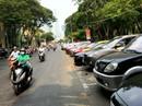 Từ 1-8, phí ôtô đỗ dưới lòng đường từ 20.000 - 25.000 đồng/giờ
