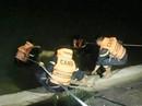 Thấy đôi dép và điện thoại trên bờ, mò tìm thấy thanh niên tử vong dưới hồ