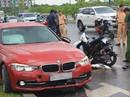 Xe BMW tông chết người phụ nữ gần cầu Thủ Thiêm