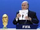 """Thêm lời tố Qatar """"chơi bẩn"""" để giành quyền đăng cai World Cup"""