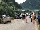 Xe taxi đấu đầu xe cứu thương chở bệnh nhân cấp cứu, tài xế taxi tử vong