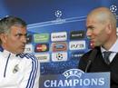 Khi Zidane nhắm ghế của… Mourinho