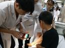 Bé trai 5 tuổi bị rắn hổ cắn khi chơi trong công viên ở Hà Nội