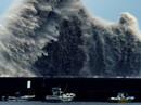 Tàu chiến và tàu ngầm Mỹ chạy khỏi Hawaii vì bão mạnh
