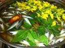 Cách làm canh chua bông điên điển cá linh đặc sản mùa nước nổi