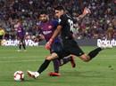 """Trọng tài """"bẻ còi"""" vì VAR, Barcelona suýt trắng tay trước Girona"""