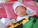 Chồng bỏ đi, sản phụ ở Phú Quốc quyết cho con thứ 3 vừa sinh ra