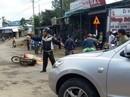 Thiếu niên điều khiển xe máy ngã ra đường bị xe tải cán tử vong